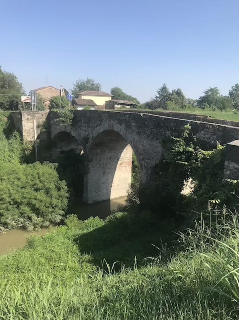 Il Ponte delle Portine, Santa Vittoria